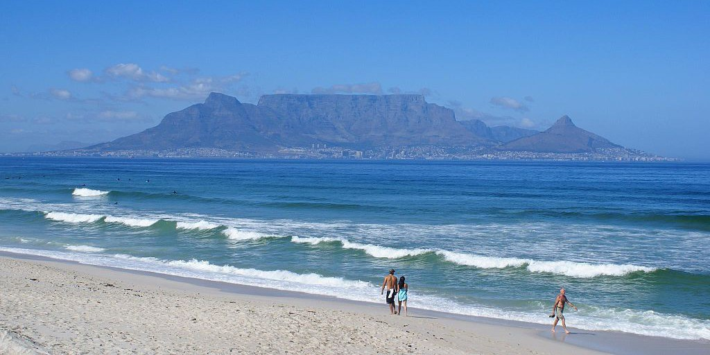 By Danie van der Merwe from Cape Town, South Africa (View of Table Mountain from Bloubergstrand)