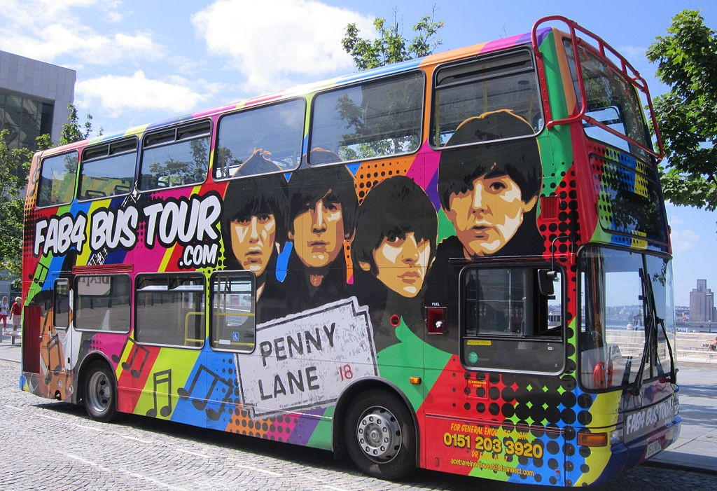 AB4 tour bus, Liverpool By Rept0n1x (Own work)