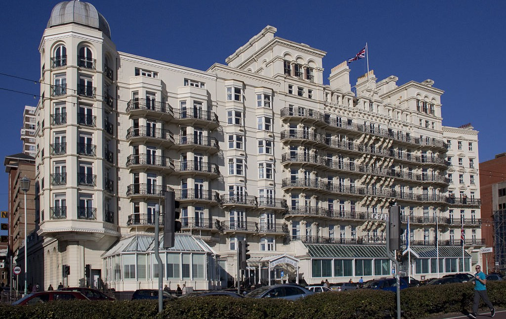 The Grand Hotel Brighton By Tony Hisgett from Birmingham, UK (The Grand Hotel BrightonUploaded by tm)