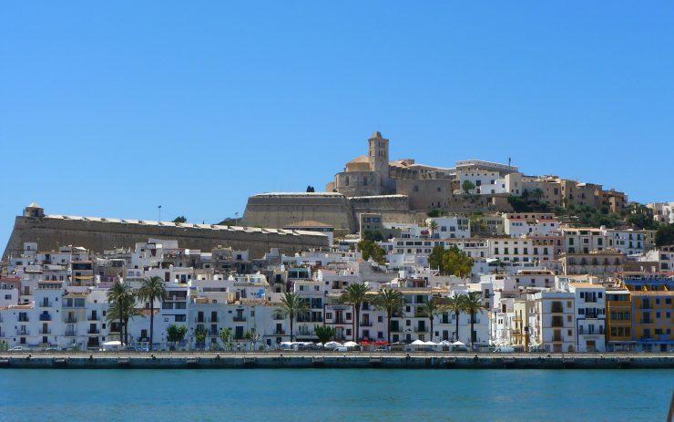 Ibiza © jchai / Pixabay