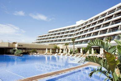 Bildnachweis: von Pablo Monteagudo's photostream aus Gran Hotel, Ibiza, Spain (Flickr) [CC BY 2.0], via Wikimedia Commons