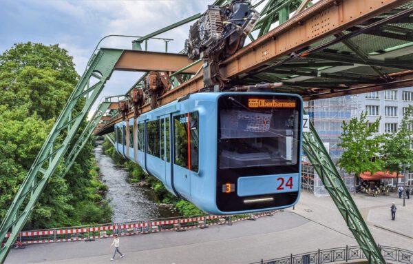 "20. Juni 2020 - CSD Wuppertal ""Wupperpride"" - schwuler ..."